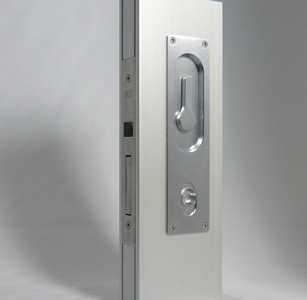 CL100 Louise on NewYorker door