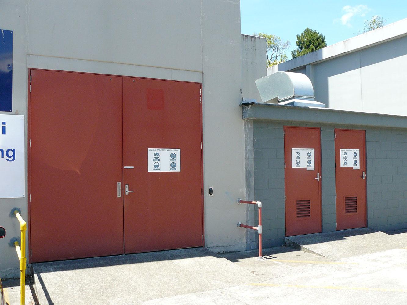AluJambs with AluLite doors