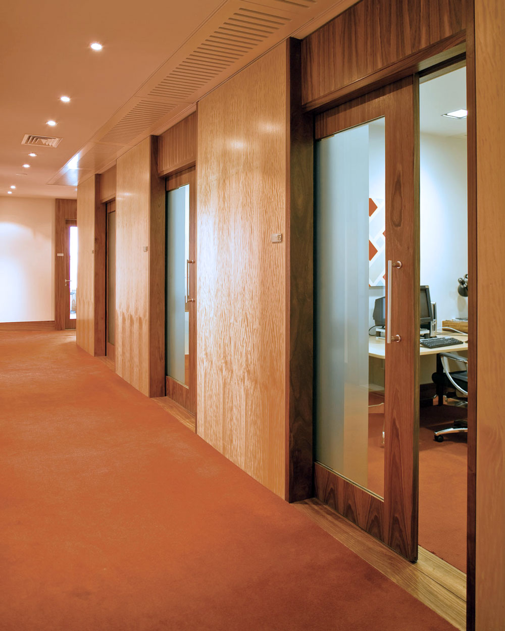 Ultimate with glazed timber door